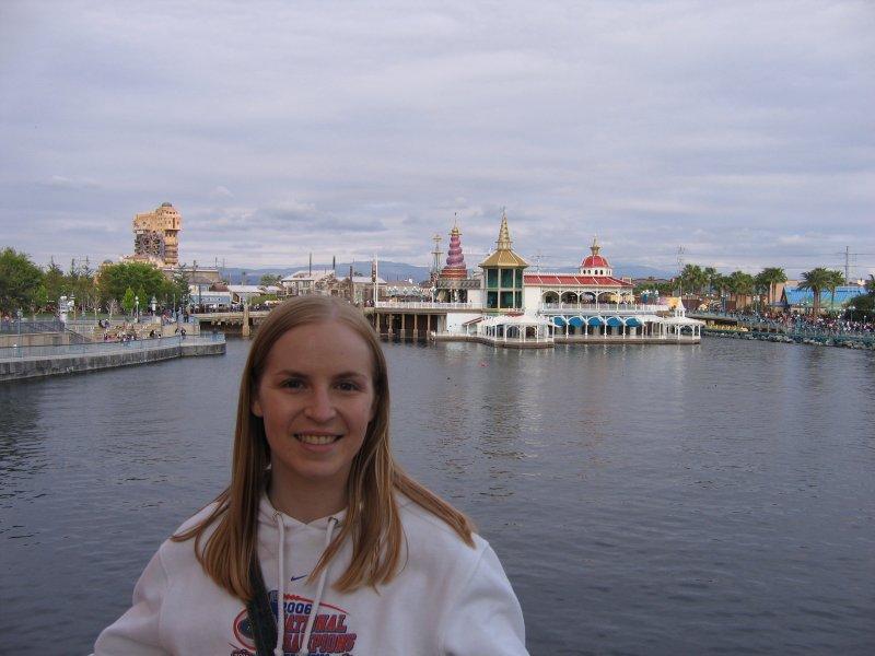At Disneyland on Sunday - GO GATORS!